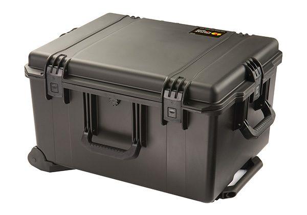 pelican-rolling-travel-case-equipment-box