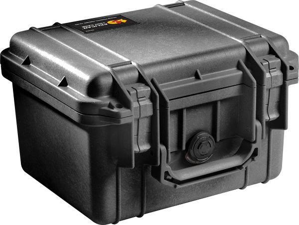 pelican-tough-camera-waterproof-hardcase
