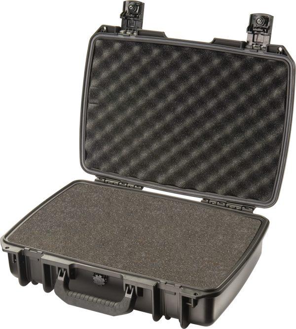 pelican-im2370-black-foam-laptop-case wf